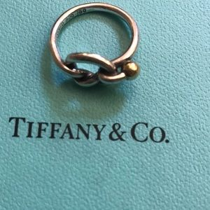 Tiffany &Co love knot ring 18 k yellow and silver